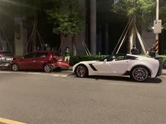 百萬跑車失控 路邊5車無辜被撞