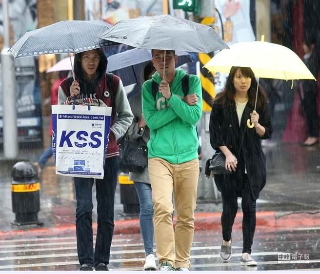 大陸冷氣團南下,北台灣及宜花地區濕冷。(本報系資料照)