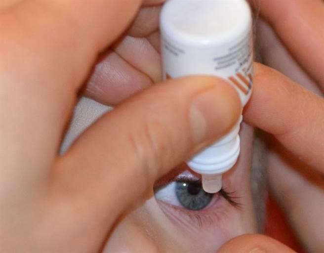 結膜炎與角膜炎大不同!眼科常用抗生素藥物比一比。(示意圖/Pixbay)
