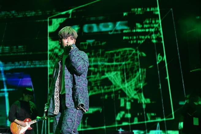 鼓鼓呂思緯將北流演唱會規格帶到新北耶誕城(TVBS提供)