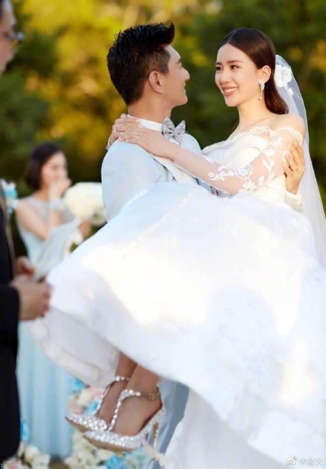 劉詩詩和吳奇隆婚後生下一子。(圖/微博)