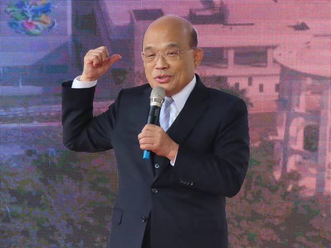 行政院長蘇貞昌14日參與台水員工訓練教育園區剪綵,致詞時大談政績,對部分水資源工程進度不太滿意。(莊曜聰攝)