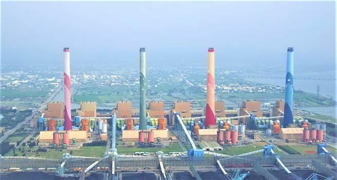立委關切中火減煤減排 台電:未來「2氣6煤」減排逾5成(本報資料照)