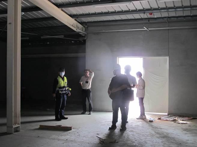 台南市科工區內一處新建廠房配電工程發生意外,有工人意外觸電,送醫急救恢復意識。(讀者提供/程炳璋台南傳真)