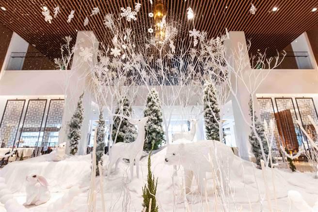大溪威斯汀 大廳浪漫飄雪北歐奇境。(大溪威斯汀提供/蔡依珍桃園傳真)