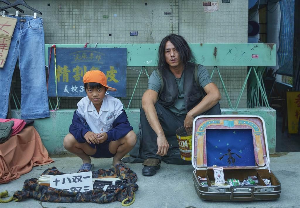 莊凱勛和主人翁小男孩們有大量對戲,笑稱他們是「半獸人狀態」。(公視提供)