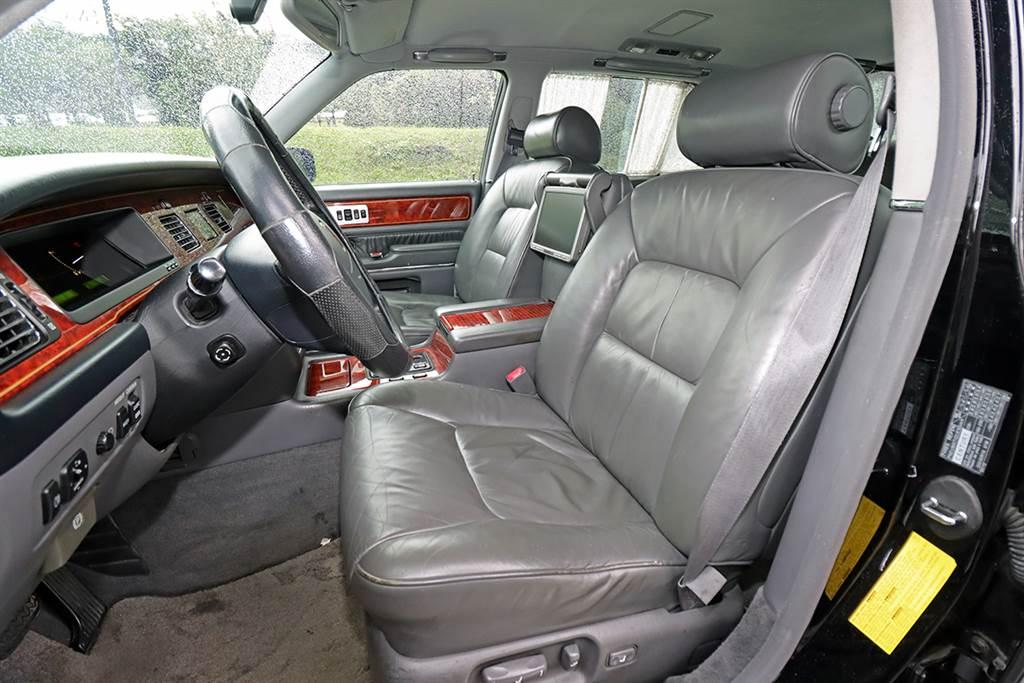 永恆日系旗艦之作,2007 Toyota Century 5.0 V12 台灣試駕