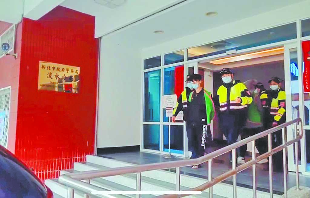 新北市發生菜鳥酒店經紀,軟禁求職妙齡女的案件,警方逮人送辦。八大行業聽聞後直呼不可思議,強調都什麼年代了,還搞囚禁剝削這老套。(警方提供/戴上容新北傳真)