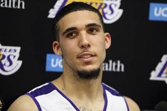 「球二弟」遭活塞釋出 三兄弟唯一沒進NBA