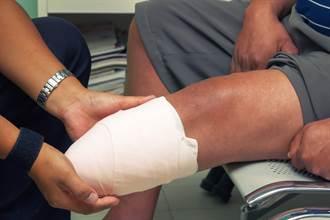 白宮官員染新冠 小腿與腳拇指遭截肢