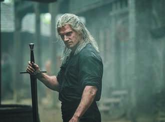 亨利卡維爾《獵魔士》告假養腿傷