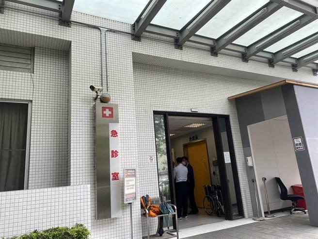 台中市議員張玉嬿發生車禍目前人送往台中長安醫院急救中。(馮惠宜攝)