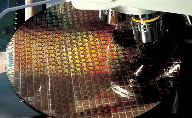 台積電晶圓廠8吋廠房生產線。(台積電提供)
