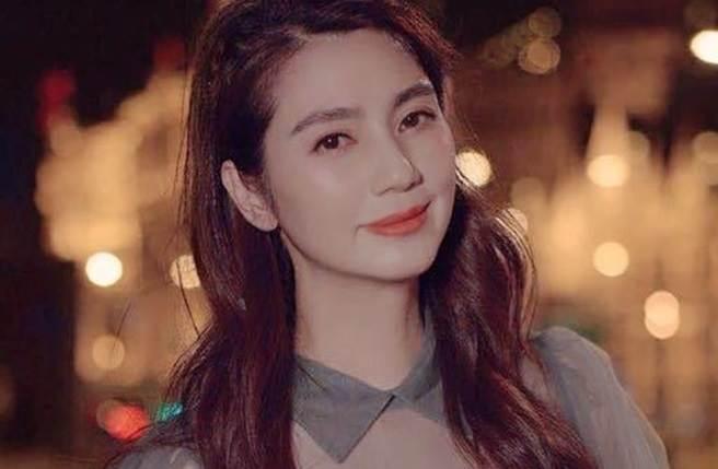 香港女星洪欣被爆与张丹峰已离婚。(取自洪欣微博)
