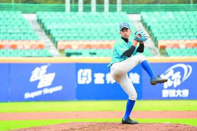 田楊昇樺在郭源治指導下,球速突飛猛進。(大會提供)