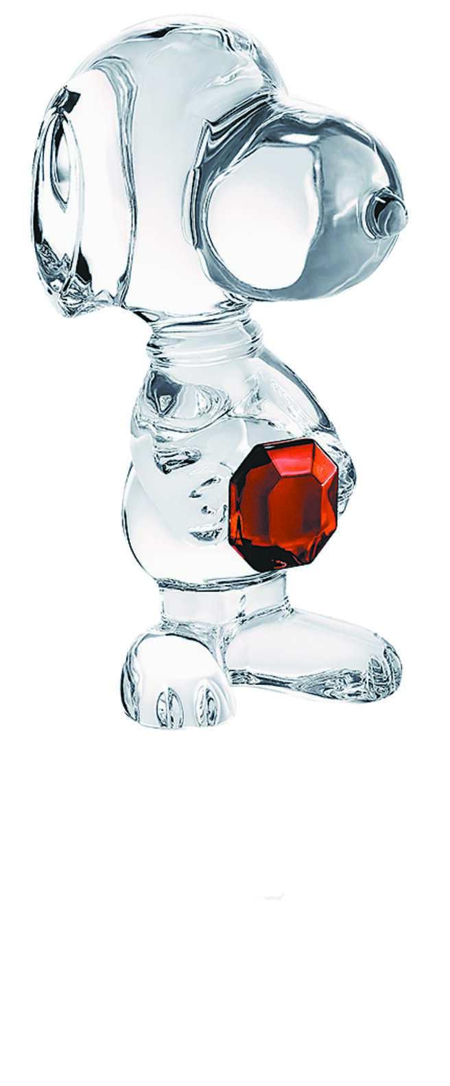 Baccarat的CARTOON八角鑽史努比,高11CM,1萬5800元。(Baccara提供)