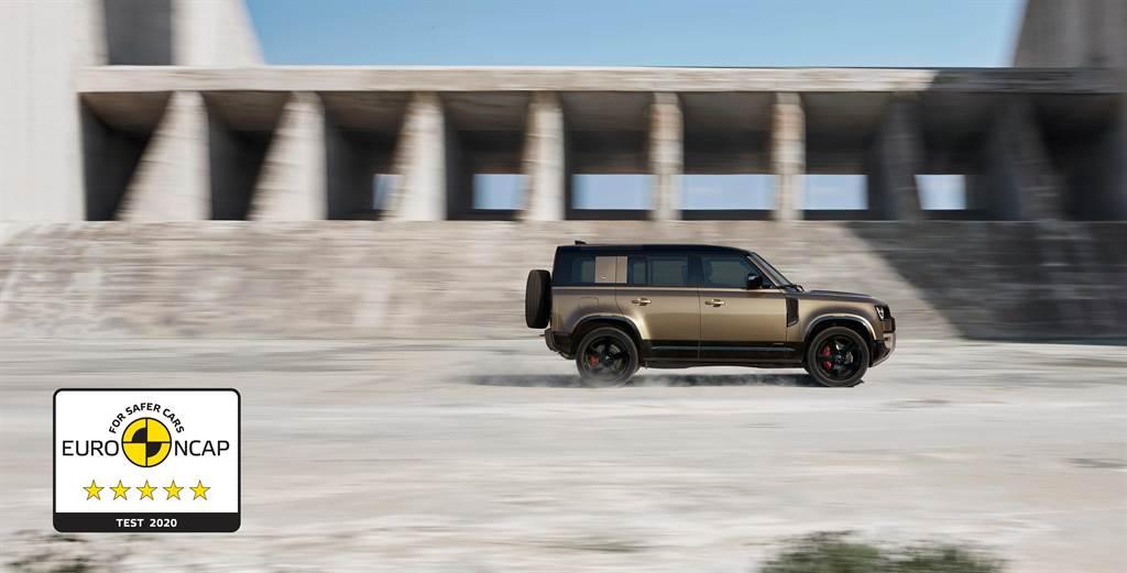 勢不可擋的Defender發表至今已席捲全球車壇28座指標大獎,Jaguar Land Rover Taiwan台灣捷豹路虎預計將於2021年1月份正式在台發表New Defender 110車型。