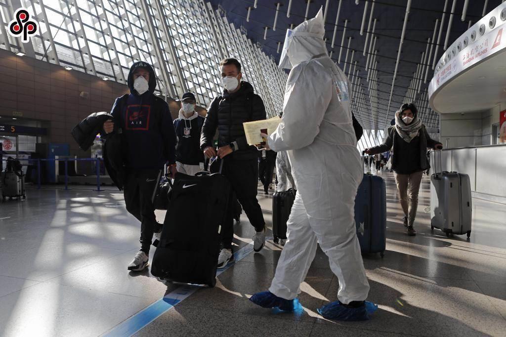 成都出現一名男性飛行員確診新冠肺炎。