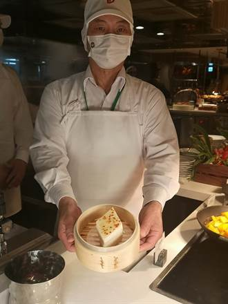 八千萬元大手筆改裝 台北遠東店自助餐廳吃得到鼎泰豐嘍!