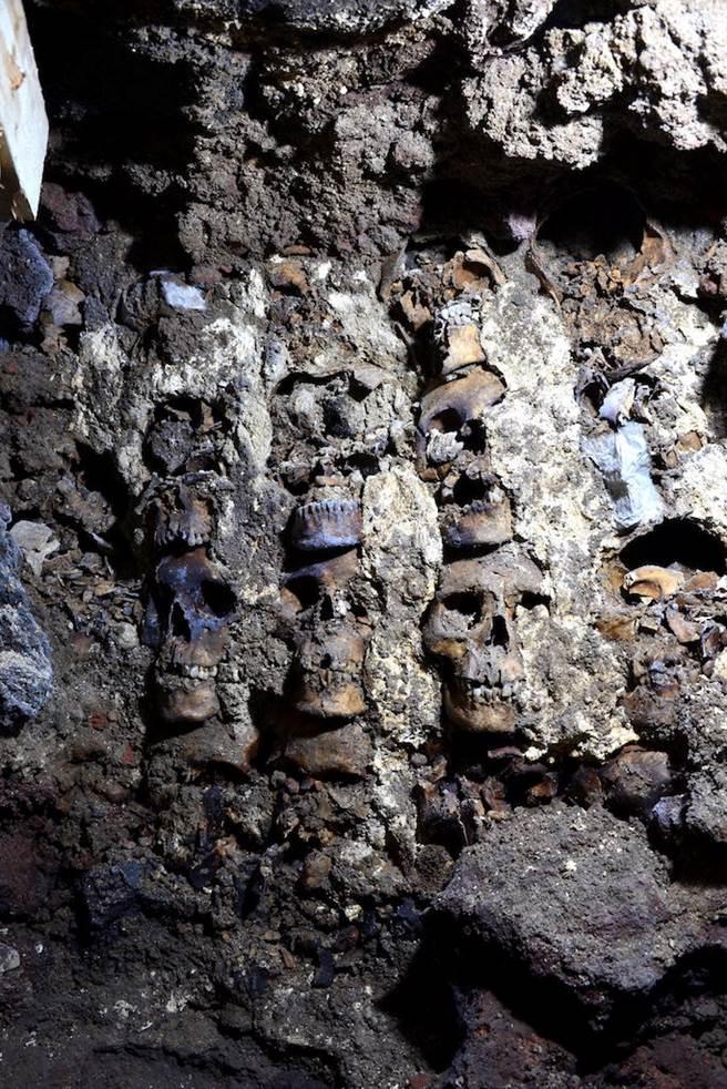 曾有說法指出阿茲特克人為了獻祭,在4天內殺了8萬400名俘虜,但多數學者認為數字過於誇大,因此不被採信。(圖/路透社)