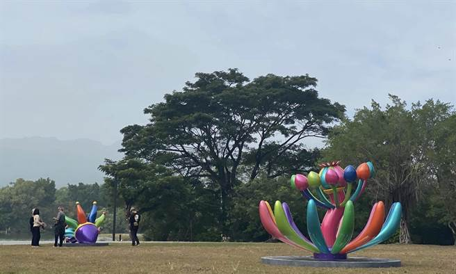 簡秀枝》台灣之光 賴純純遠征倫敦城市雕塑展。圖/愛傳媒提供