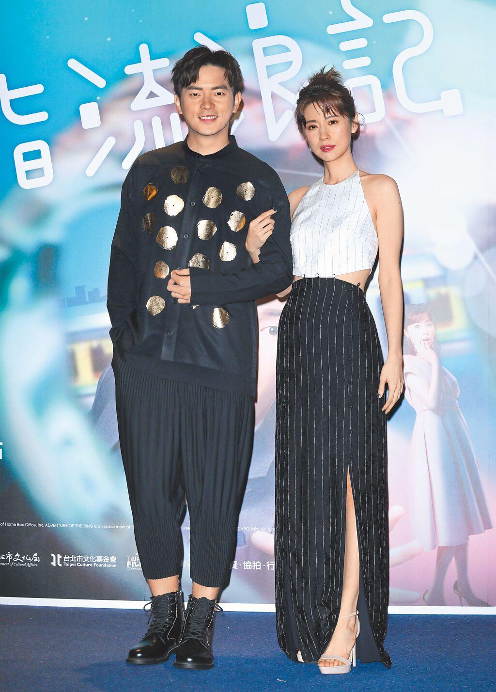 林予晞(右)昨抱病出席《戒指流浪記》台北特映會,與宥勝一起宣傳新戲。(石智中攝)