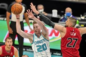 NBA》喬丹又虧了?海沃德右手小指骨折缺陣