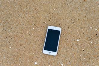 iPhone從600m高空墜落 超暈實況「奇蹟生還」