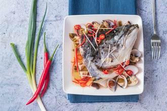 萊豬議題延燒  鮭魚料理多樣化吸客
