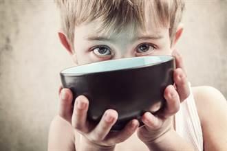 強權顏面何在?英學童挨餓 淪落領聯合國補助