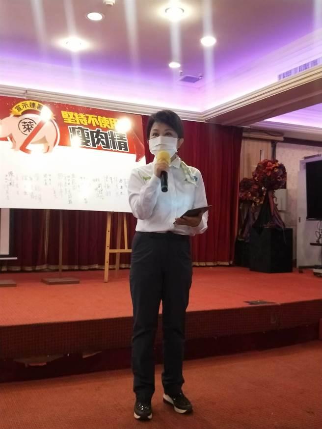 台中市長盧秀燕尊重AIT的發言,但仍強調萊豬確實有疑慮。(陳淑娥攝)
