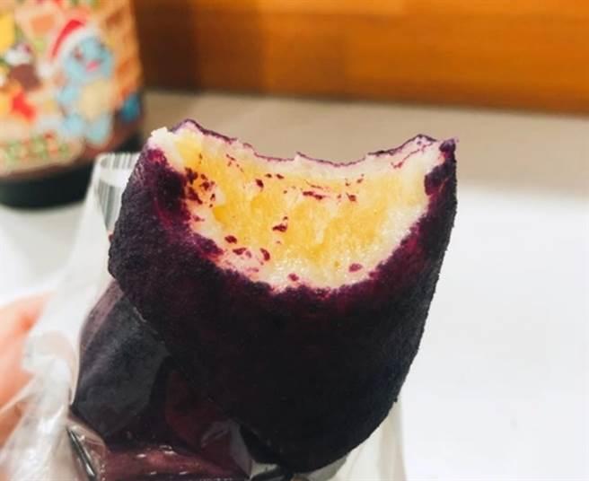 網友表示「地瓜QQ麵包」地瓜味濃郁,而且吃起來口感很像麻糬。(圖/截自PTT)