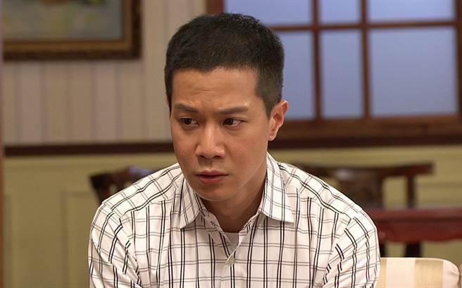 薛仕凌說,「玉樹」其實很痛苦,放不下心中愛慕的男性友人,一方面對明珠也很自責。(台視提供)