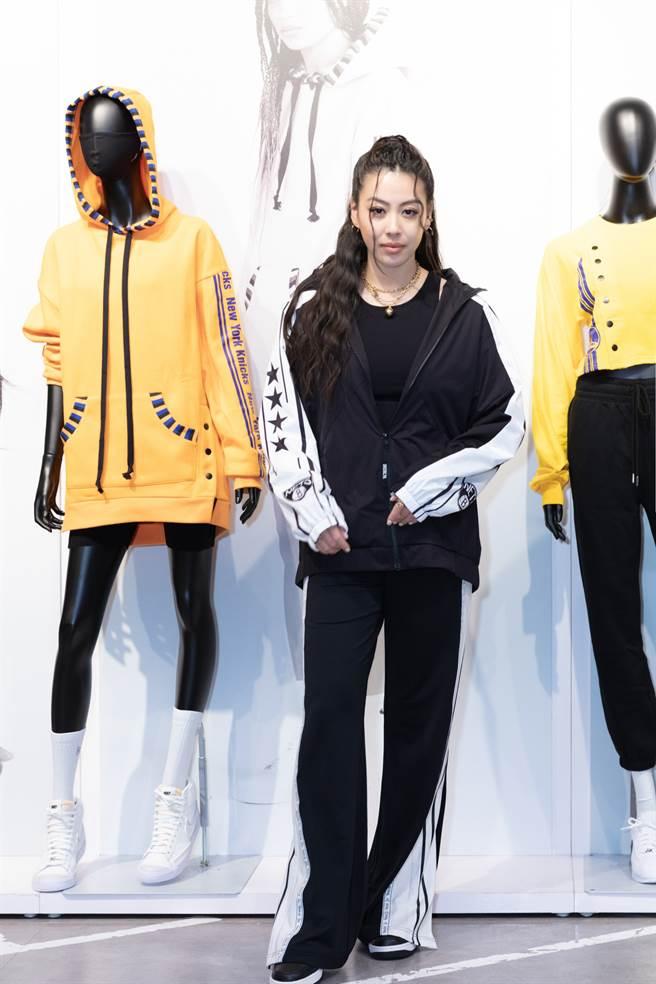 蔡诗芸表示平常喜欢运动,运动时的穿搭也一定要时尚亮眼!(图/品牌提供)