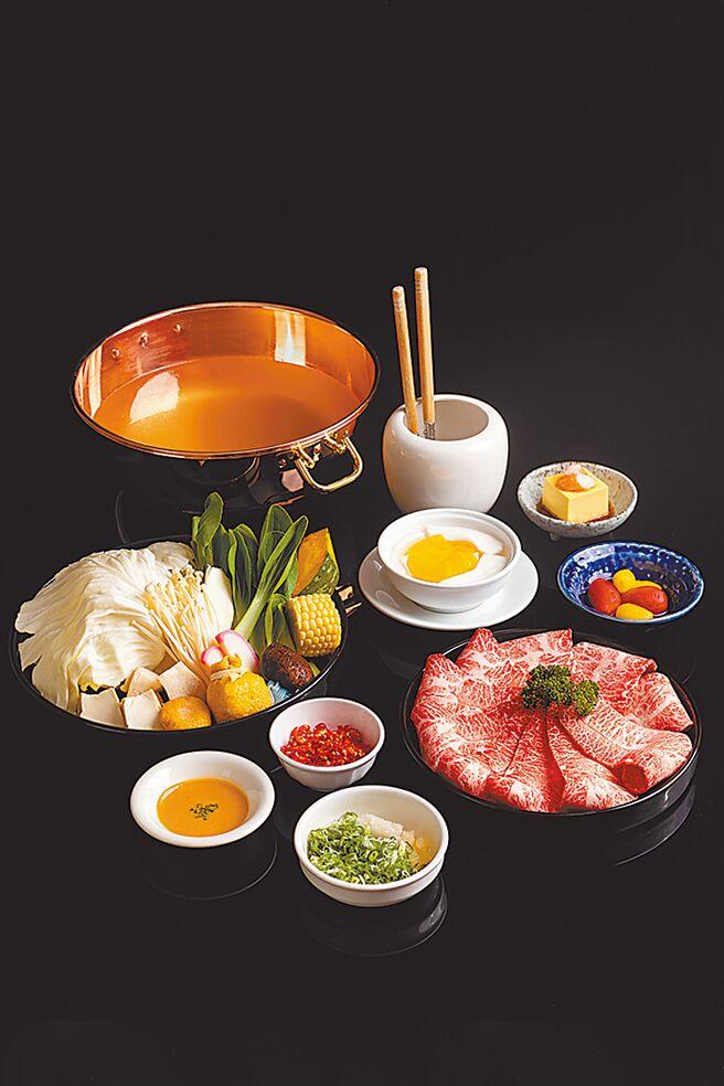 新光三越台北信义新天地A9的橘色涮涮屋日本黑毛和牛板腱套餐,採用日本A5等级的黑毛和牛,2880元。(新光三越提供)
