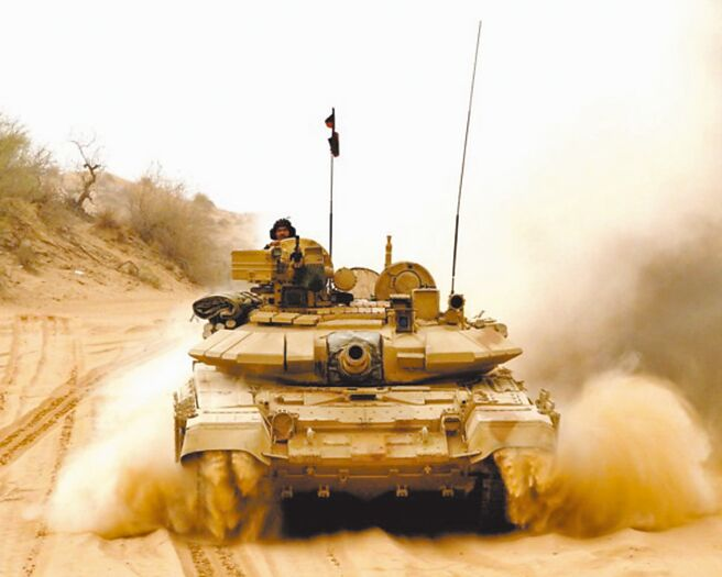 印度T-90S坦克。(取自印度陸軍官方推特)