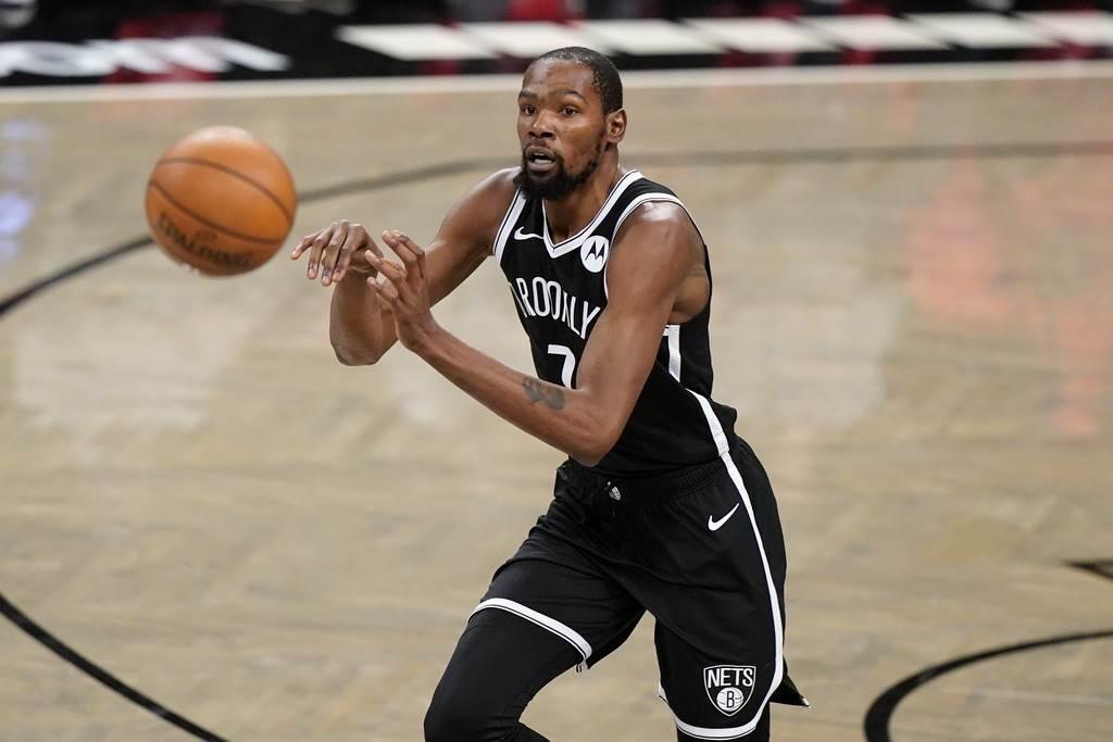 杜蘭特在新球季開幕戰就要首次穿上籃網球衣遭遇前東家勇士。(美聯社)