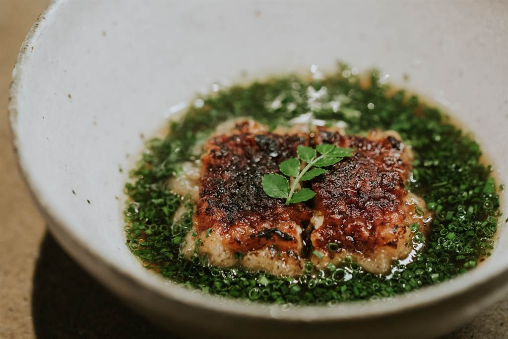 二星餐廳logy為LEXUS 車主獻上絕無僅有的特製菜單