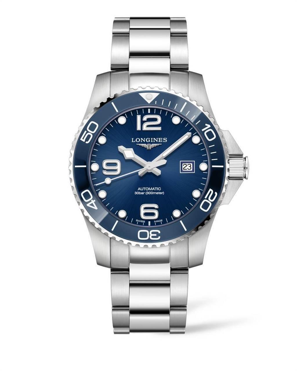 浪琴表HydroConquest深海征服者系列藍色陶瓷圈腕表,5萬1900元。(Longines提供)