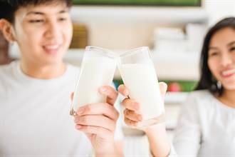 市售鮮奶評比 多數人答案一面倒:真正濃純香