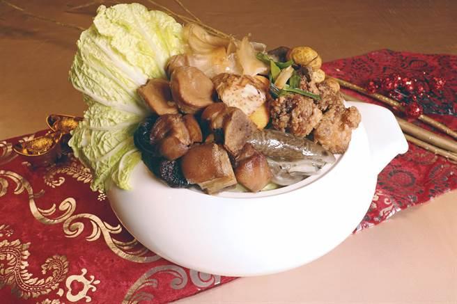 丽宝福容大饭店推出五道美味外带年菜,单道千元有找超澎派。(丽宝福容大饭店提供/陈淑娥台中传真)