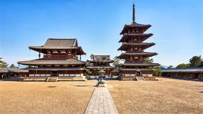 日本奈良的法隆寺,是日本傳統建築文化代表。(圖片/摘自日本駐華大使館網站)