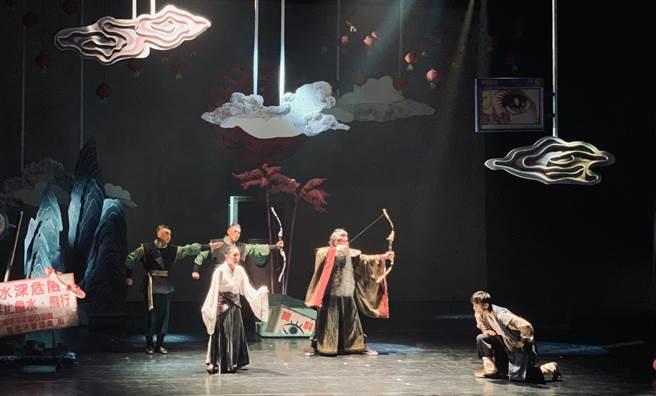 國立台北藝術大學戲劇系冬季公演《狂睡五百年》。(Campus編輯室攝)
