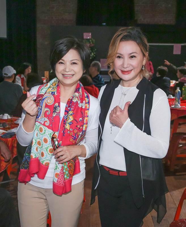 陈亚兰(右)感谢杨贵媚力挺。(吴松翰摄)