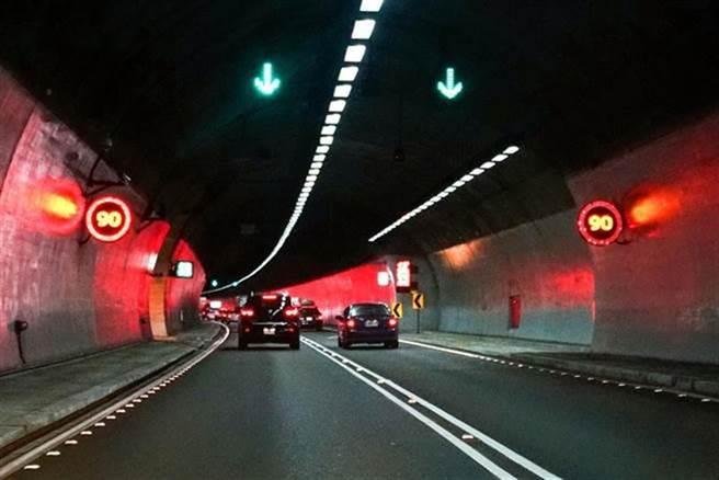 圖為國道5號雪山隧道。(本報資料照 李忠一攝)