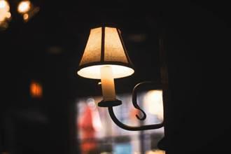 擁抱暗黑是健康長壽的開始 研究:睡覺時才關燈 太晚了!