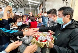 農夫市集開張 台南安定農會推芝麻糖新品