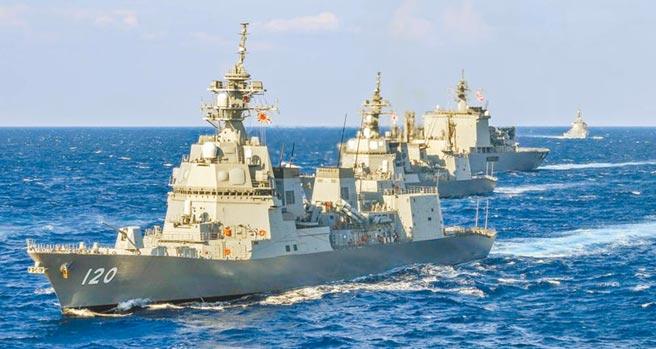 日本政府18日在內閣會議上通過飛彈防禦相關文件,將打造兩艘神盾艦。圖為海上自衛隊朝日級驅逐艦舷號DDG-120。(摘自日本海上自衛隊)