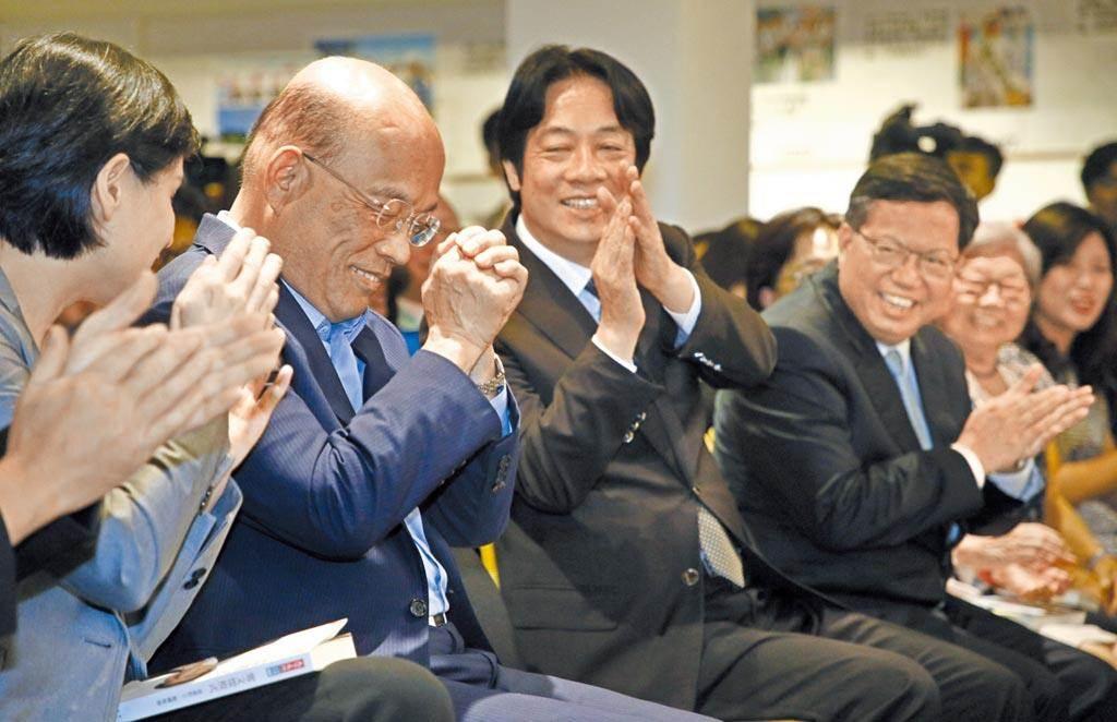 行政院長蘇貞昌(左起)、副總統賴清德、桃園市長鄭文燦。(本報資料照片)
