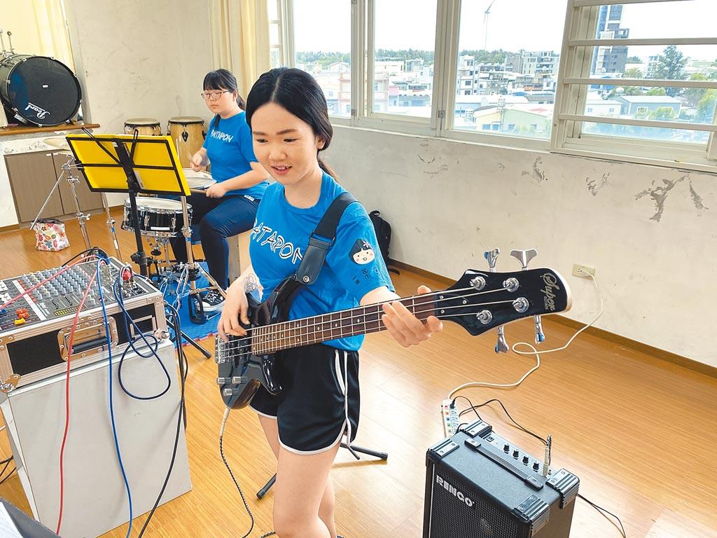 音樂會家扶童正為明年家扶基金會70周年加緊訓練。(家扶基金會提供/林良齊台北傳真)